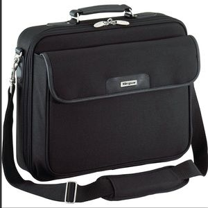 """15.6"""" Traditional Notepac Laptop Case"""
